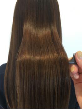 自分の髪でもこんなに綺麗になるんだ!と、感動しました。